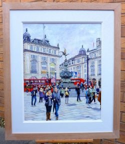 Piccadilly Circus, Eros and the NFL